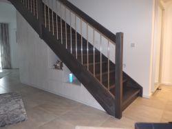 schrank-unter-treppe1